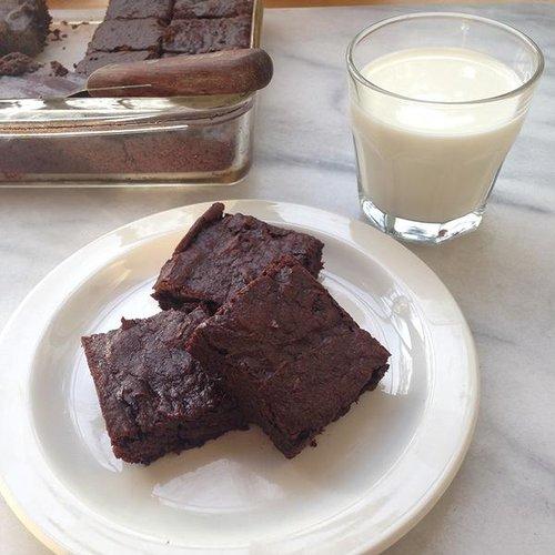 Bug Foods sweet potato brownies